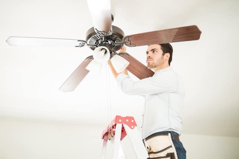 lär dig rengöra takfläktar