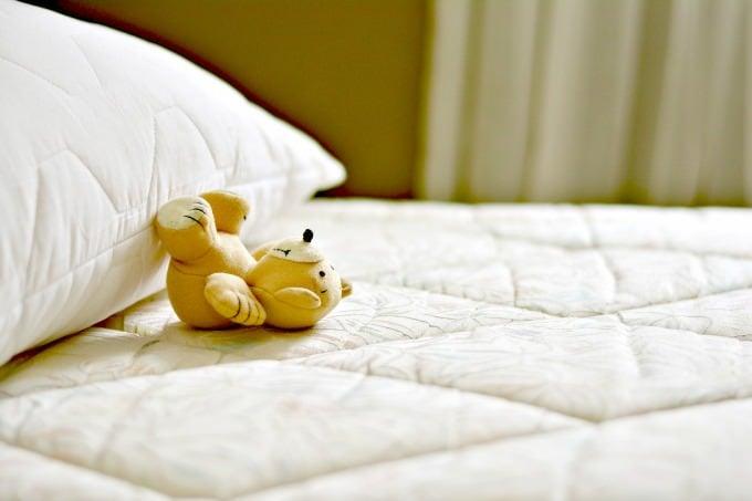 rengöra madrass på bäst sätt